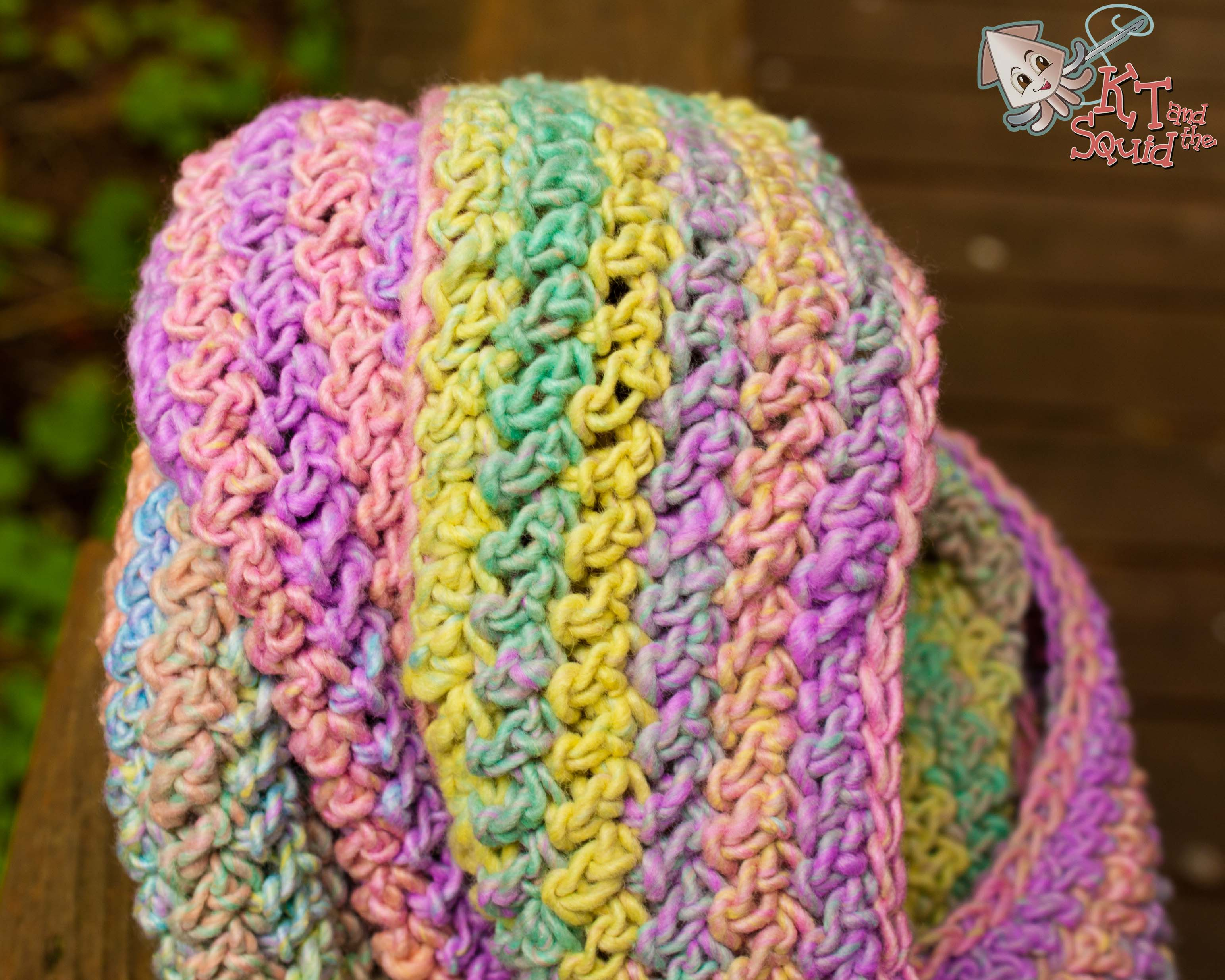 Double Crochet Infinity Scarf Free Pattern : Free Crochet Infinity Scarf Pattern KT and the Squid